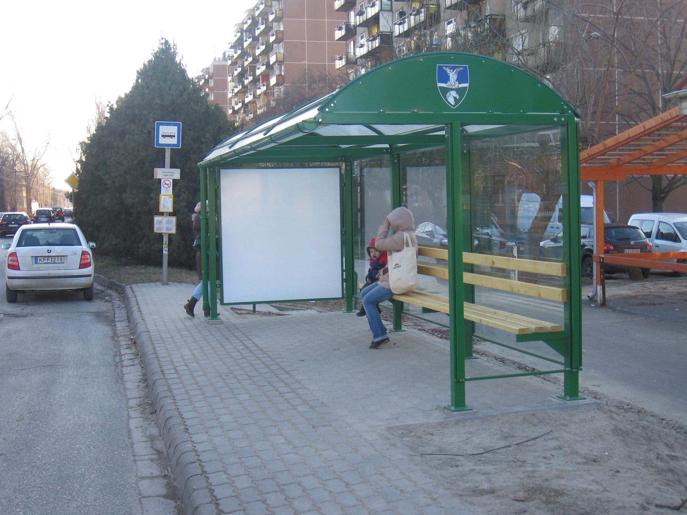 Buszvárók I ütem 003