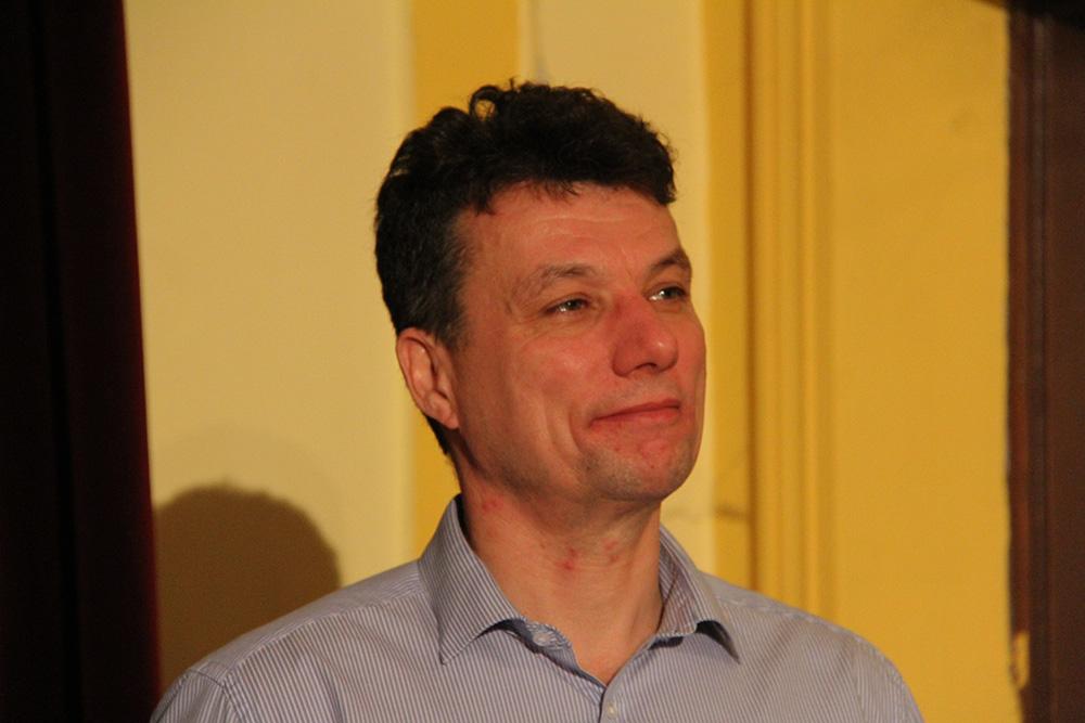 Dióssi Csaba, Dunakeszi polgármestere, is köszöntötte a fotópályázat résztvevőit és a megjelenteket.