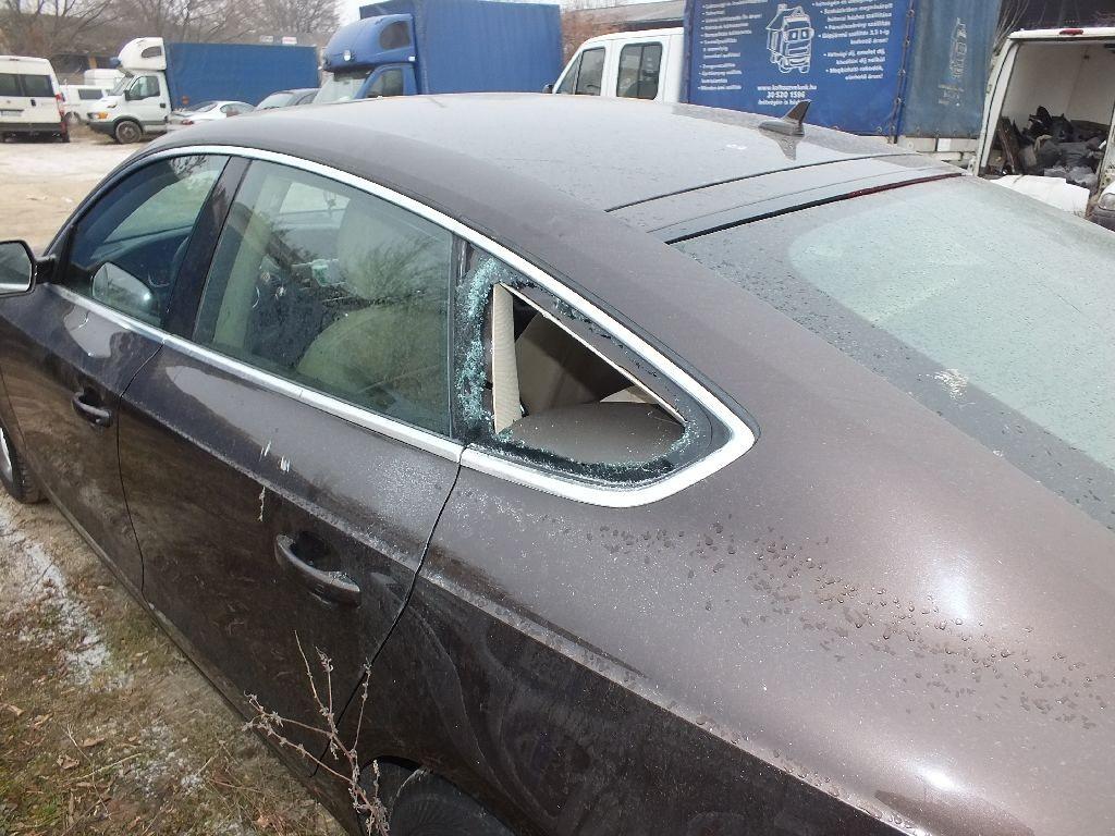 betört autóüveg
